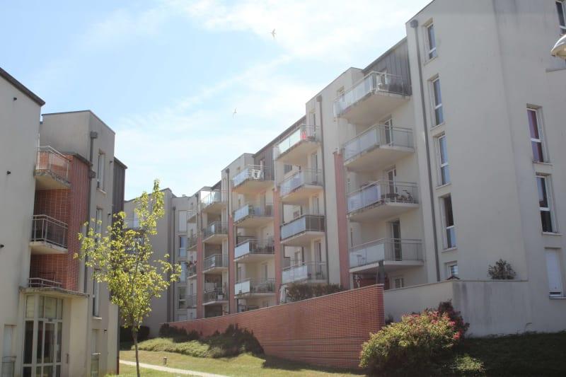 Résidence récente dans un cadre verdoyant à Dieppe - Image 1