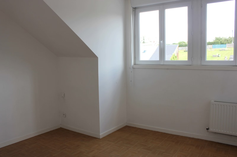 Appartement T4 à louer à Bolbec dans un quartier calme - Image 4