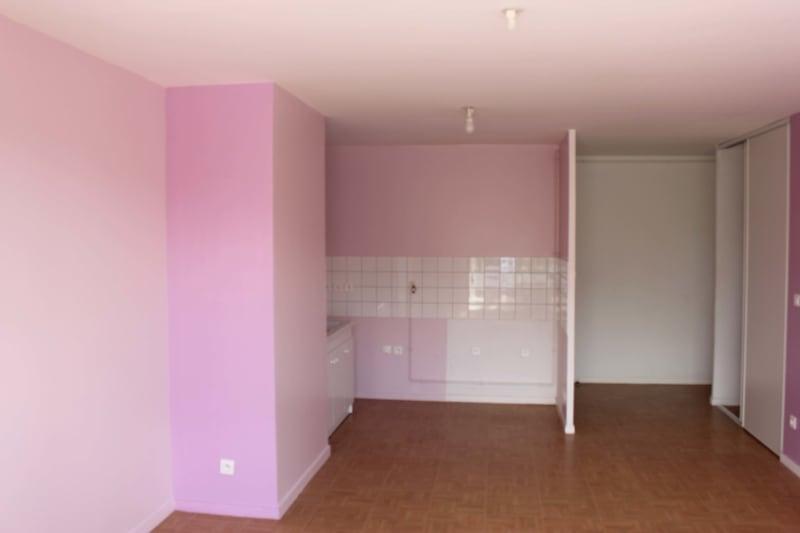 Appartement T4 à louer à Bolbec dans un quartier calme - Image 6