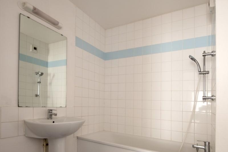 F4 récent de 82 m² Proche Métro Jean-Jaurès au Petit-Quevilly - Image 4
