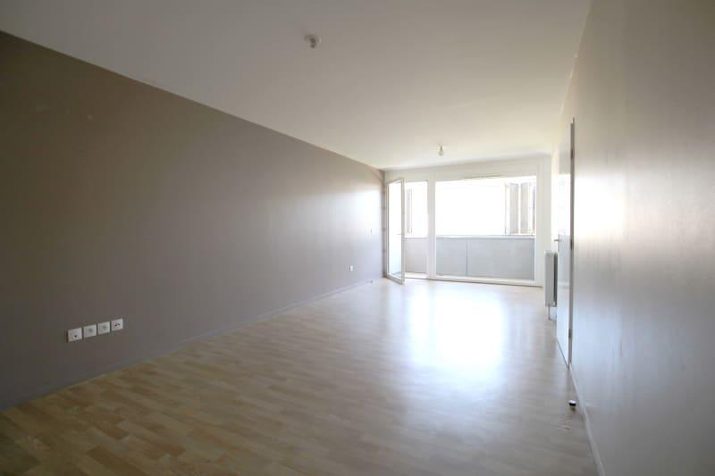 Appartement 3 pièces en location à Rouen Rive Gauche - Image 2