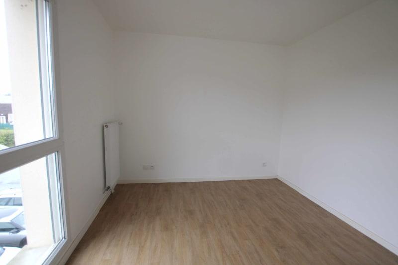 Appartement F4 récent à louer à Cany-Barville - Image 6
