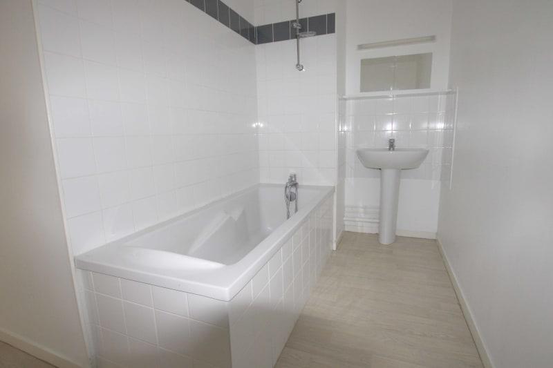 Appartement F4 récent à louer à Cany-Barville - Image 8