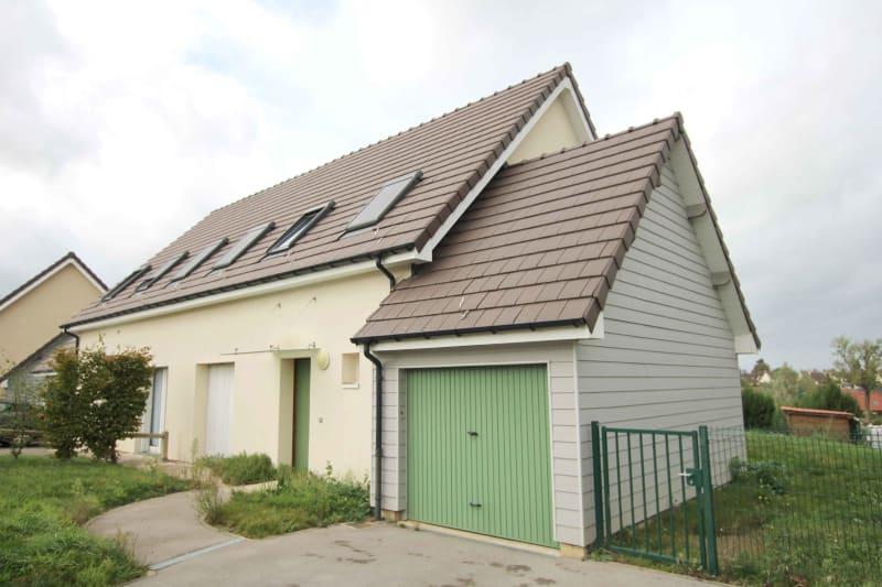 Maison T4 à louer à Gournay en Bray dans une zone pavillonaire - Image 1