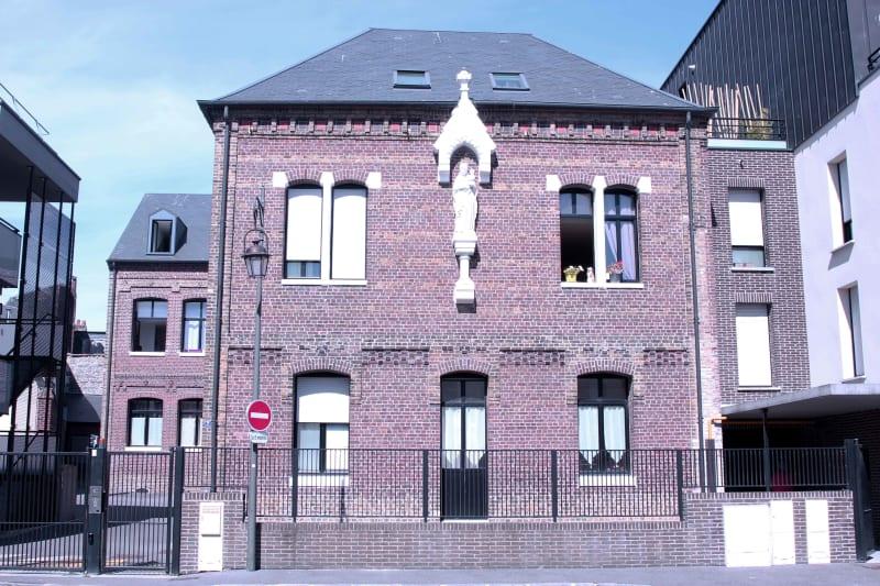 Appartement T3 en location à Dieppe dans résidence de charme - Image 1