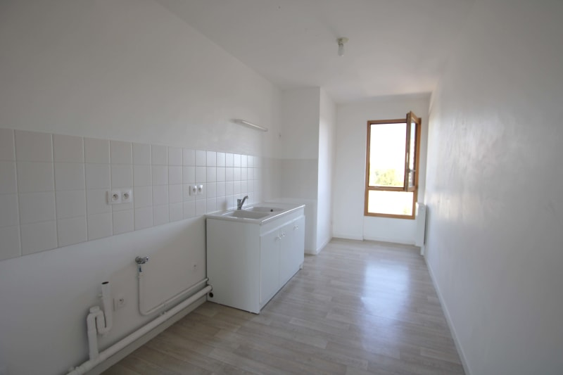 Appartement de 3 pièces à louer à Rouen Rive Droite - Image 3