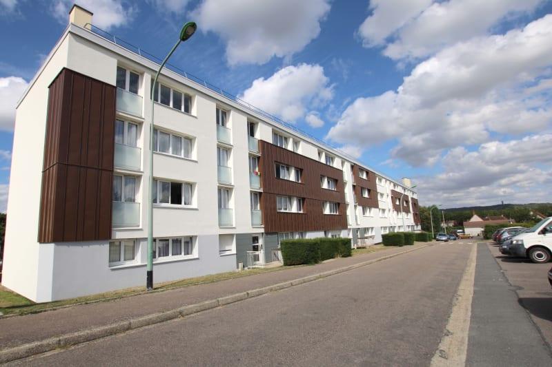 St-Etienne-du-Rouvray, A 6 min du centre-ville, au calme et proche du complexe sportif - Image 1