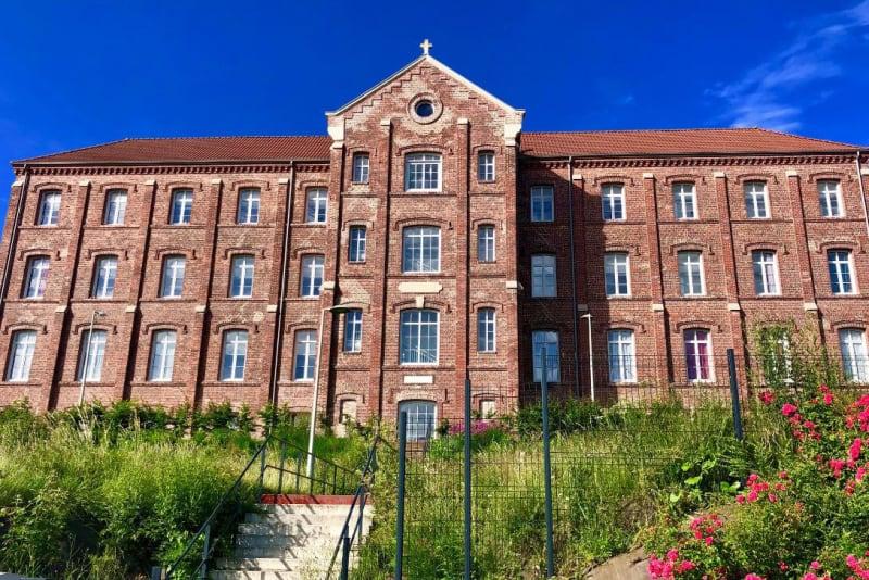 Appartement T3 de charme à louer à Elbeuf - Image 1