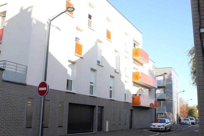 Elbeuf centre-ville : Résidence récente T3 avec balcon - Image 1
