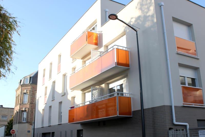 Elbeuf centre-ville : Résidence récente T3 avec balcon - Image 2