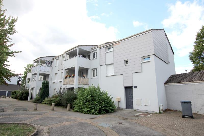 Appartement T4 à louer à Bois-Guillaume - Image 2