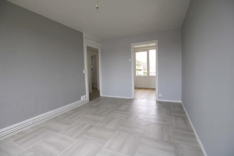 Appartement T4 à louer à Bolbec - Image 4