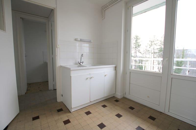 Appartement T4 à louer à Bolbec - Image 5