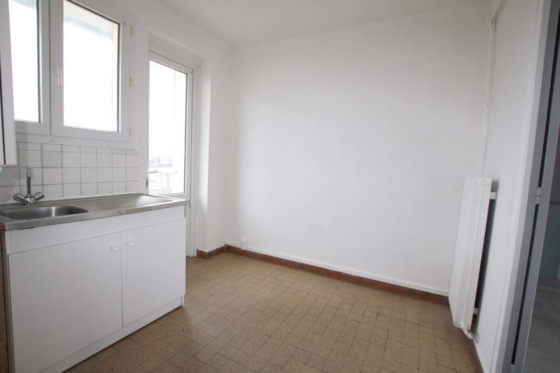 Appartement T3 en location à Bolbec - Image 3