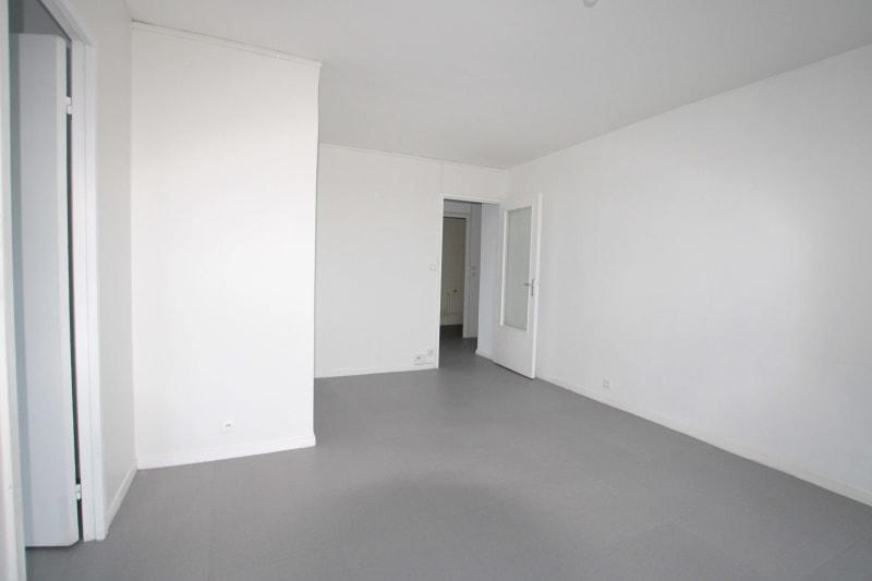 Appartement studio en location dans un quartier résidentiel à Bolbec - Image 3