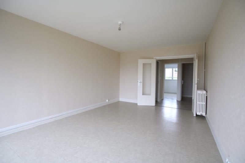 Appartement T5 à louer dans un quartier résidentiel à Bolbec - Image 4