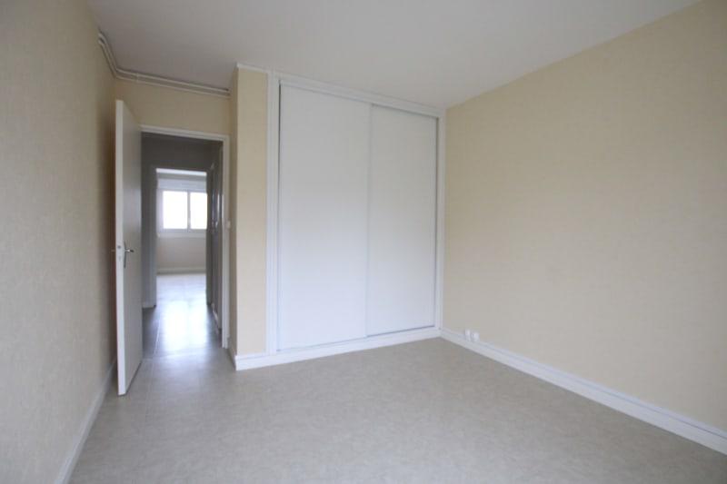 Appartement T5 à louer dans un quartier résidentiel à Bolbec - Image 7