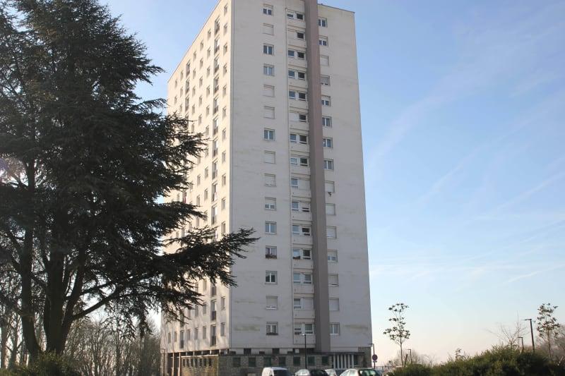 Appartement F4 à Canteleu avec vue sur Rouen - Image 1
