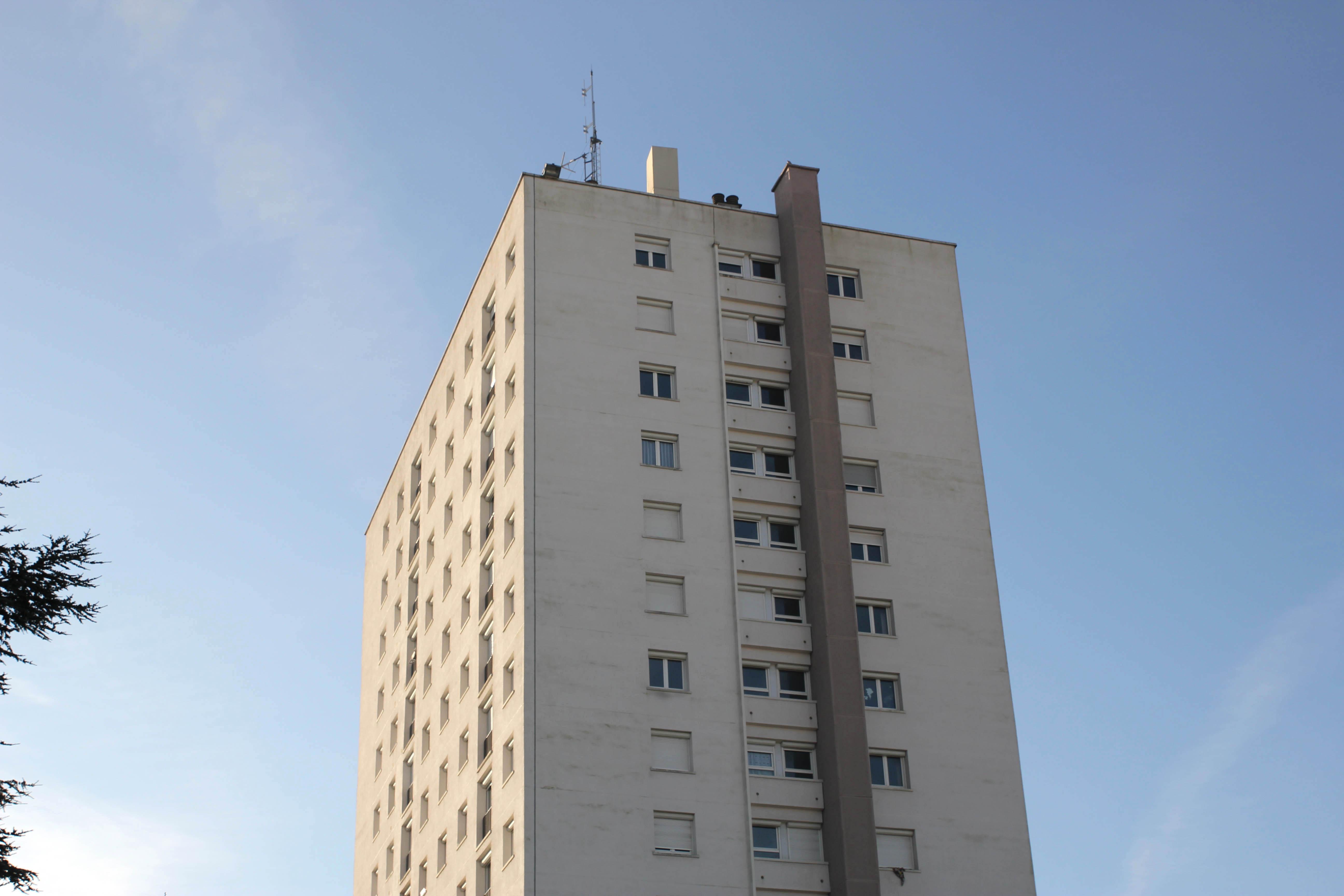 Appartement F4 à Canteleu avec vue sur Rouen - Image 2