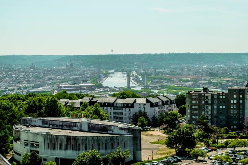 A deux pas du parc, des écoles et des commerces de Canteleu - Image 4