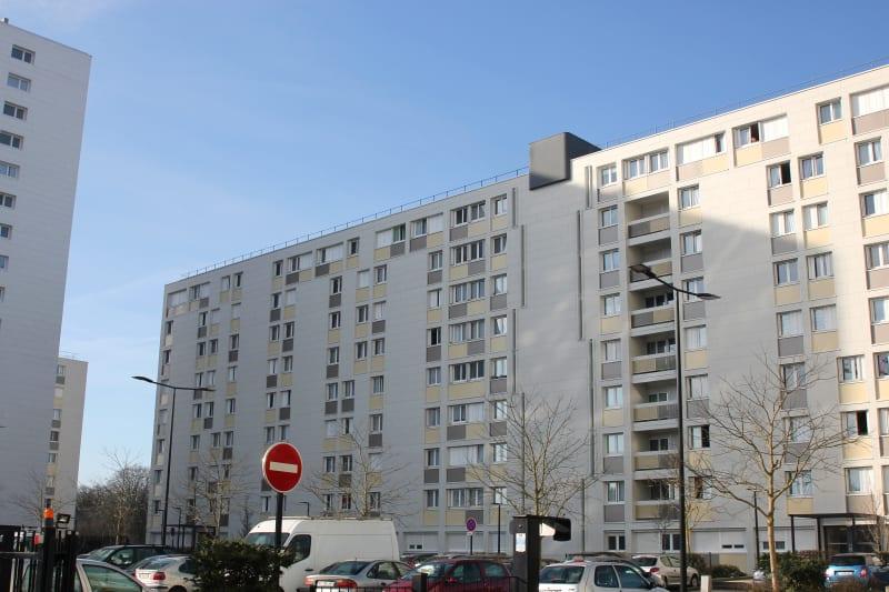 4 pièces dans quartier résidentiel à Canteleu - Image 2