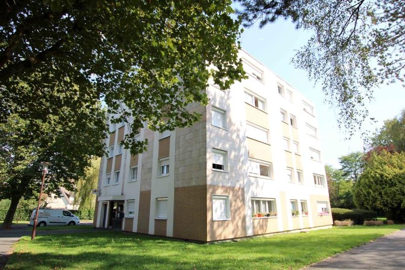 Appartement T4 proche du collège à Cany-Barville - Image 2