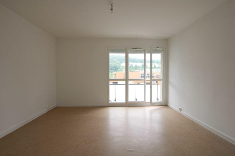 Appartement T3 à louer à Rives en Seine, proche du collège - Image 2