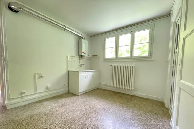 Appartement F4 en location à Déville-lès-Rouen - Image 2