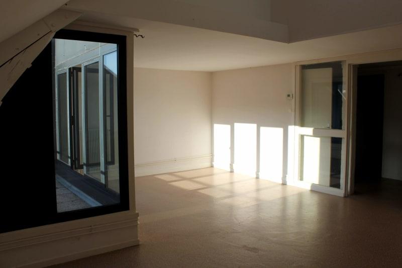 Duplex en plein centre d'Elbeuf proche de l'IUT dans un bâtiment chargé d'Histoire - Image 3