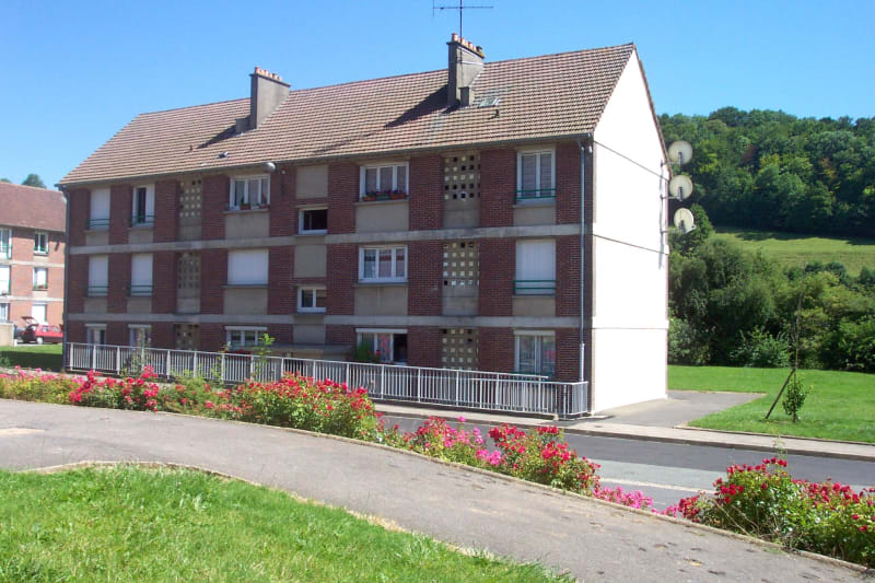 Appartement F3 à louer à Gaillefontaine - Image 2