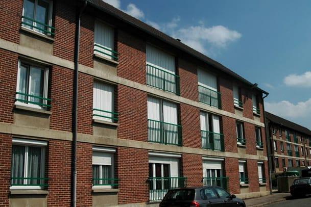Appartement T4 en location à Gaillefontaine - Image 2