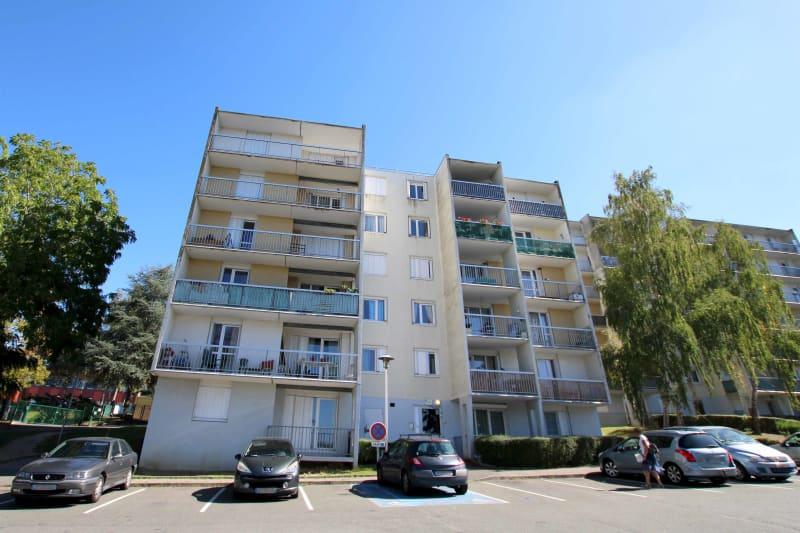 Appartement T4 en location à Grand-Couronne - Image 2
