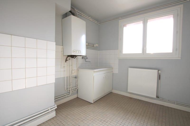 Appartement T4 en location au Houlme - Image 7