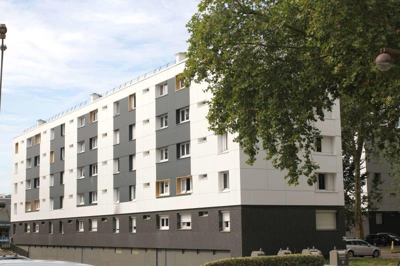 Appartement T4 en location à Maromme, proche centre-ville - Image 1