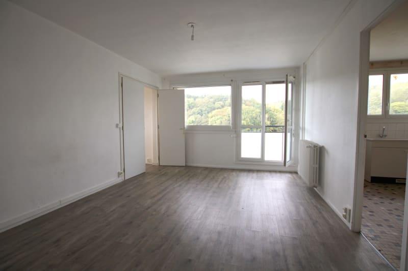 Appartement T4 à louer à Maromme avec vue - Image 2