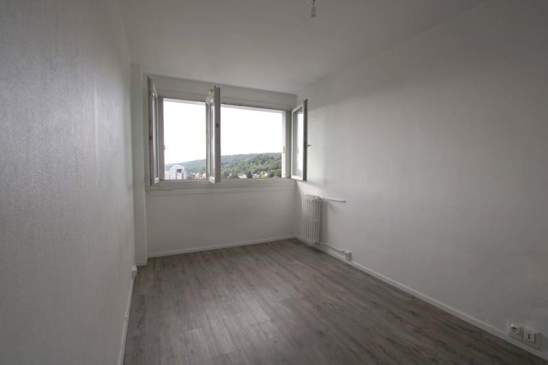 Appartement T4 à louer à Maromme avec vue - Image 5