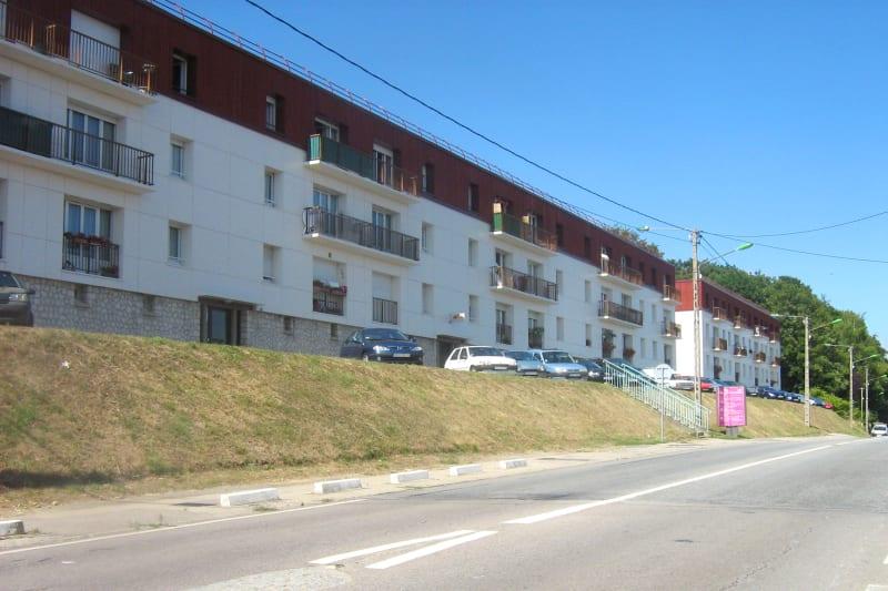 Appartement dans un cadre verdoyant à Montivilliers - Image 1