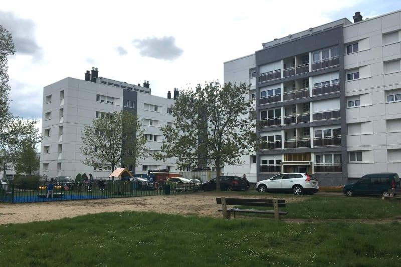 Vue dégagée à Mont-St-Aignan Proche des commerces et de l'Université - Image 2