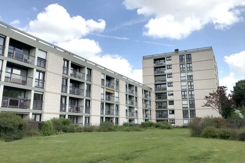 Grand appartement T3 à louer à Mont-Saint-Aignan - Image 1