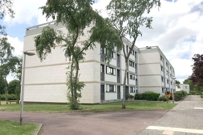 Grand appartement T3 à louer à Mont-Saint-Aignan - Image 2