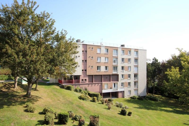 Appartement T4 en location à Saint-Valéry-en-Caux, vue sur les côtes - Image 1
