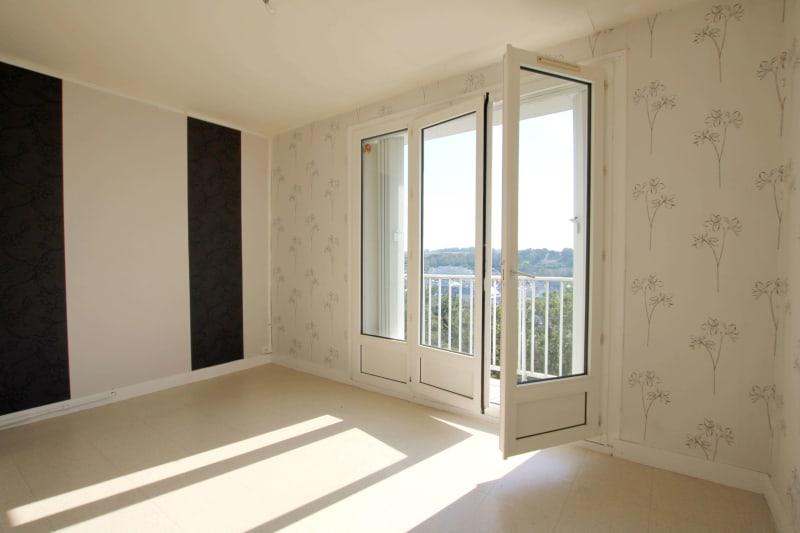 Appartement T4 en location à Saint-Valéry-en-Caux, vue sur les côtes - Image 4