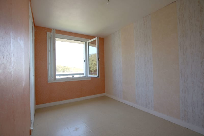 Appartement T4 en location à Saint-Valéry-en-Caux, vue sur les côtes - Image 5