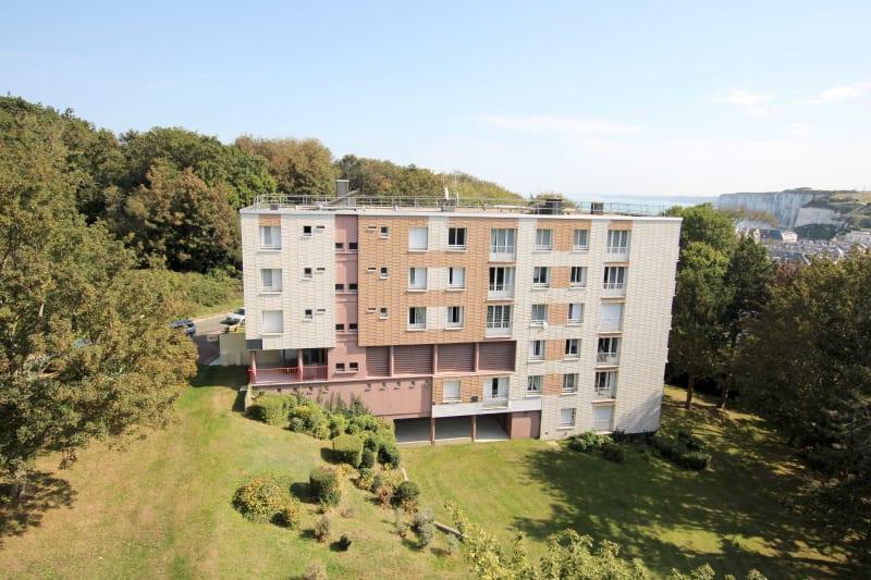 Appartement T3 à louer à Saint-Valéry-en-Caux, vue sur les côtes - Image 1