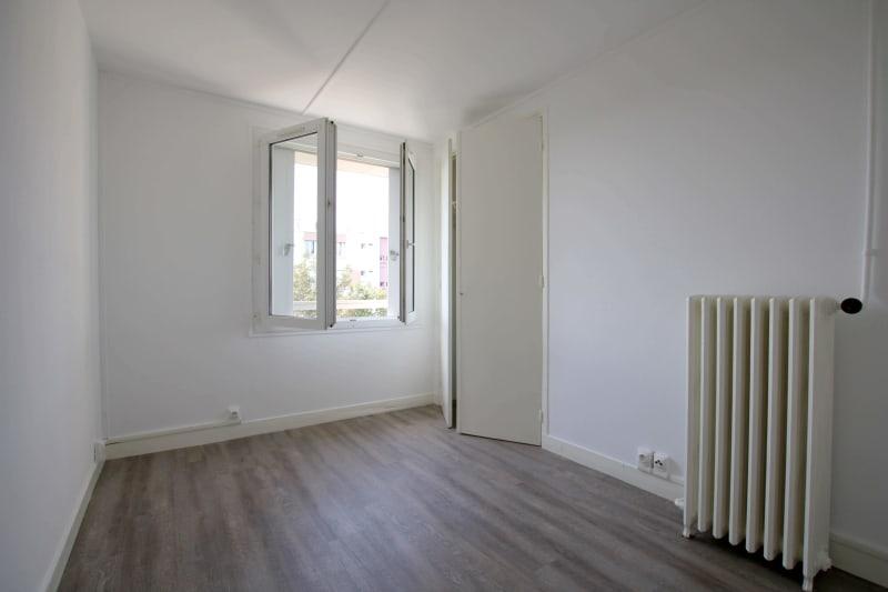 Appartement T3 à louer à Saint-Valéry-en-Caux, vue sur les côtes - Image 4