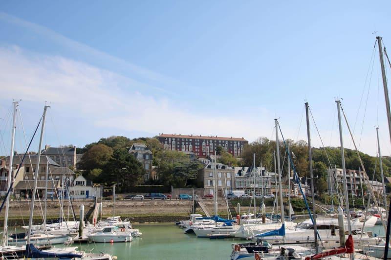 Appartement T2 à louer à Saint-Valéry-en-Caux avec vue sur port - Image 1