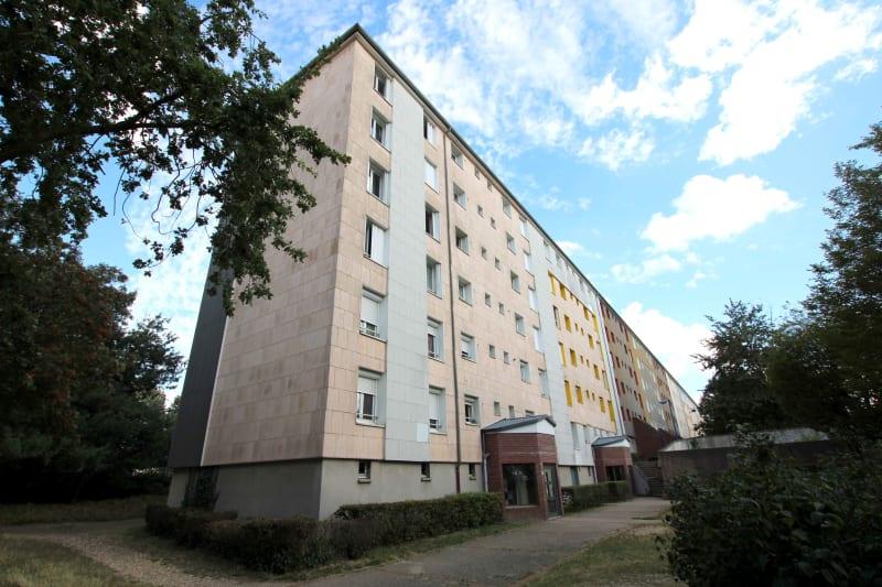 Appartement F3 proche du stade Jean Adret à Sotteville-lès-Rouen - Image 1