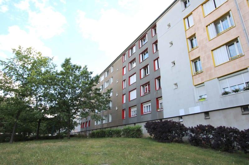 Appartement F3 proche du stade Jean Adret à Sotteville-lès-Rouen - Image 2
