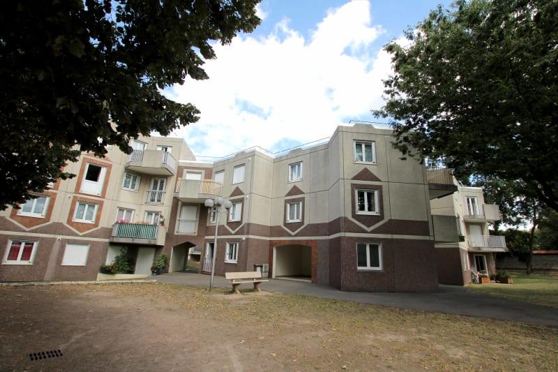 Appartement T3 dans une résidence proche du parc du Madrillet à Sotteville-lès-Rouen - Image 2