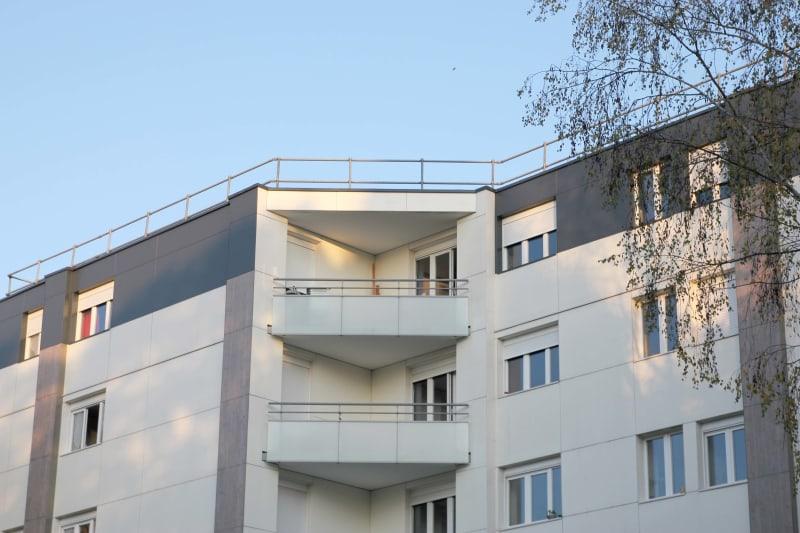Quartier Village Est - Tourville-la-rivière : T4 dans résidence réhabilitée - Image 2
